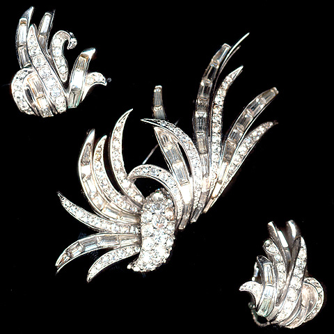 Boucher 1960 'Waving Grass' Pin and Clip Earrings Set