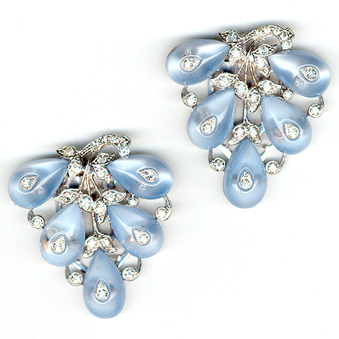 Trifari 'Alfred Philippe' Aqua Shoebutton Teardrop Cabochons Grapes on Vines Pair of Dress Clips